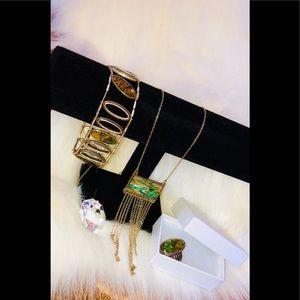 Gorgeous jewelry set
